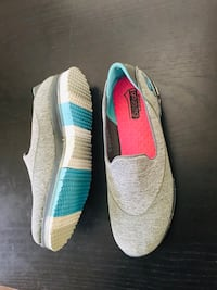 Ladies shoes London, N6G 5N2