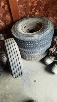 Trailer tires and wheels North Canton, 44720
