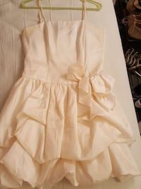 Cream formal dress. Falls Church, 22043