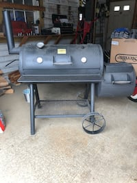 Offset Grill/BBQ Smoker Remington, 22734
