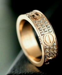 Cartier love ring (iced out) 40 km