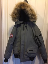 gray zip-up parka Toronto, M6L 2X1