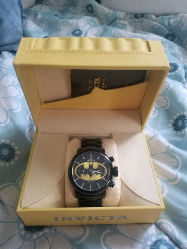 Limited Edition Invicta DC Batman Chronograph Watc a338ebba-767e-475c-a097-4f6b09659b43