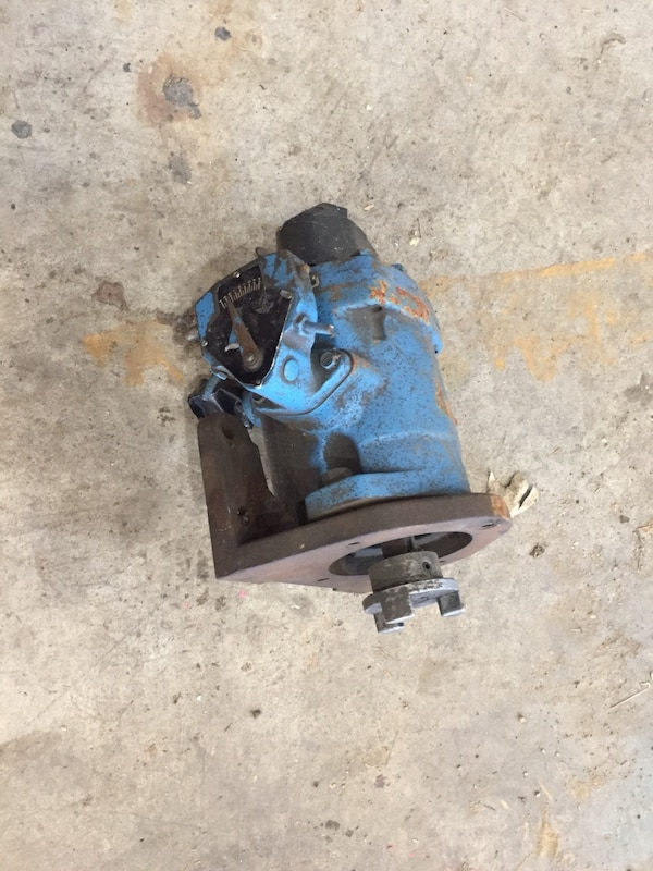 blue and black miter saw