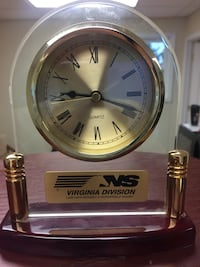 gold-colored and clear Virginia Division analog bracket clock Roanoke, 24012