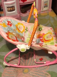 Baby's pink and white bouncer New York, 11377