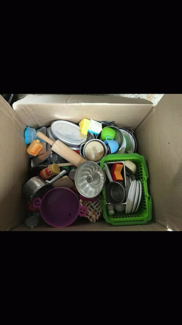 Box of Play Food for Play Kitchen 3612082e-b42c-4797-b9d8-11d137892341