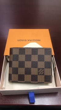Louis Vuitton Wallet *real and neverused Sacramento, 95814