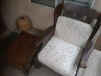 vintage chair and table Fresno, 93711