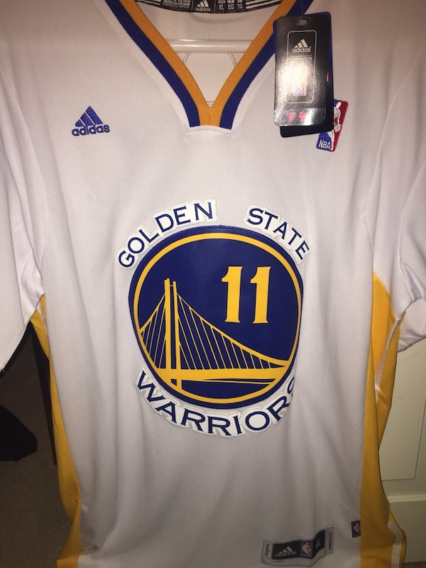 006d5b685733 Used White and blue adidas golden state warriors stephen curry jersey for  sale in Bellevue - letgo