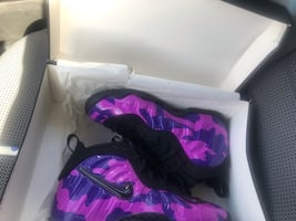 Nike little (Foam Posites) size 5/5