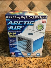 Blue and white holmes air purifier box Mooresville