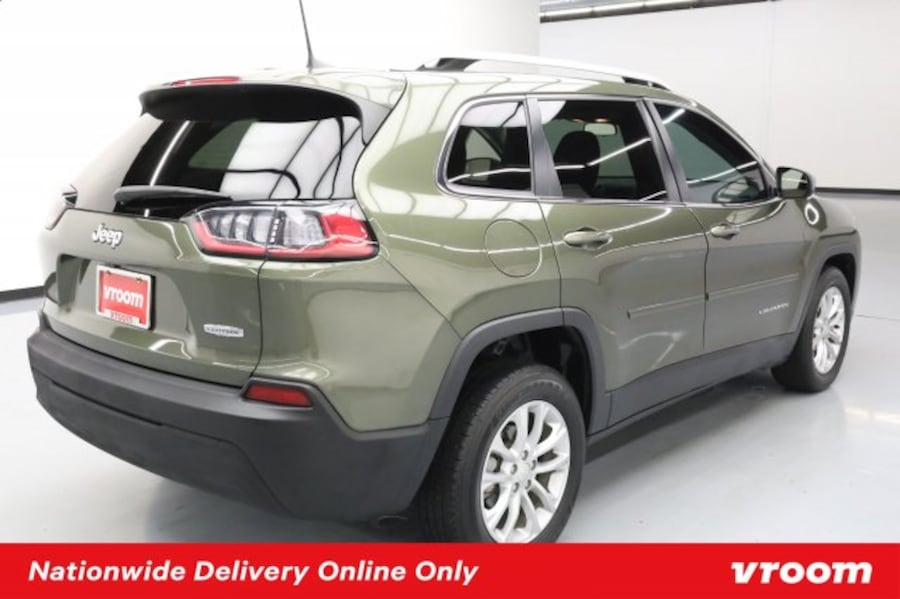2019 Jeep Cherokee Olive Green Pearlcoat hatchback 0621efd1-e101-4108-a112-17e7d425fbcf