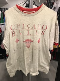 Vintage Salem Chicago Bulls basketball T-shirt