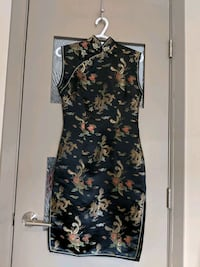 Qipao/Cheongsam dress with side slits size 34 Calgary, T2E 0B4
