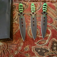 3 piece set throwing knives  Gardendale