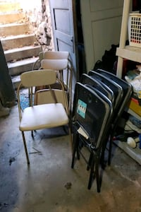 black and brown folding chair Worcester, 01606