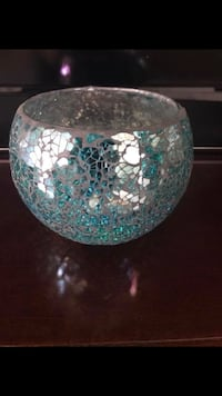 round clear glass bowl with lid Bethel, 19931