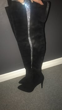 Brand new never used over the knee black luxury boots with strass size 9 Laval, H7R