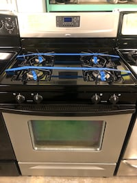 Whirlpool stainless steel gas stove  Baltimore, 21223