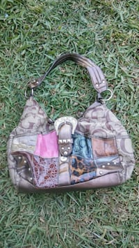 Womens hand bag Sacramento, 95838