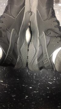 pair of gray Nike Air Huarache shoes New Castle, 19720