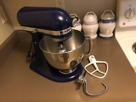 Kitchen Aid mixer-Artisan