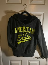 black and yellow printed pullover hoodie Newmarket, L3Y 8H9