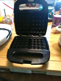 black and gray waffle maker Purcellville