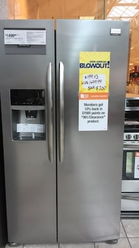 Frigidaire Gallery Stainless Steel Side by Side Refrigerator