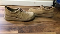 Pair of brown low-top sneakers Burnaby, V5C 2J6