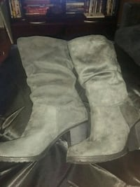 Beautiful new Grey Boots. Los Angeles, 90014
