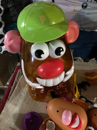 Potato head bucket  Brampton, L6V 3A2