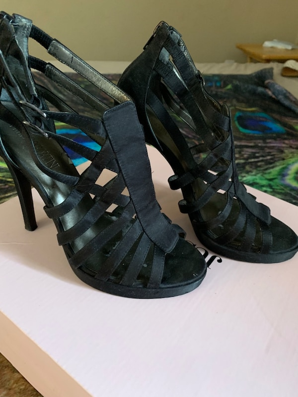 49e3f719037efd Used Black heels sandals for sale in Lake Wales - letgo