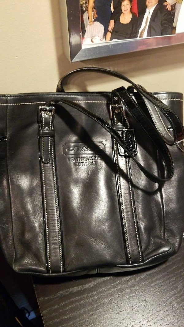 37f173523dec Used wome's black Coach leather tote bag for sale in Brooklyn - letgo