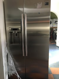 stainless steel side by side refrigerator with dispenser Santa Ana, 92701