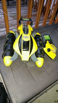 yellow and black RC vehicle toy Laval, H7J 1A2