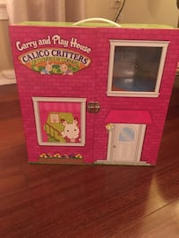 Calico Critters Carry and Play House.