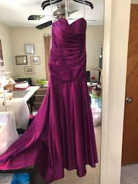 Floor length raspberry colored strapless prom dress. Size 2. Owings Mills, 21117