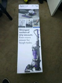 Dyson V6 vacuum cleaner box Daly City, 94015