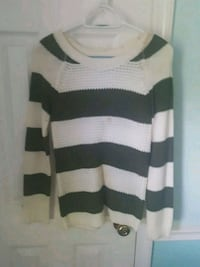 white and black striped sweater Hinesville, 31313