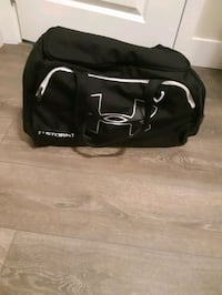 Under armor duffle bag Langley City, V2Y 1X6