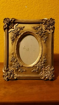 vintage gold photo frame