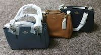 코치 COACH MINI CHRISTIE CARRYALL  Busan