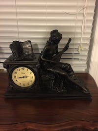 Black and beige mantle clock, , price firm Vaughan, L6A 4C8