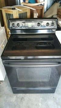 Black glass top stove 120 dollars firm no less 794 mi