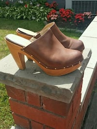 pair of brown leather chunky heeled booties Toronto, M6N 1Y9