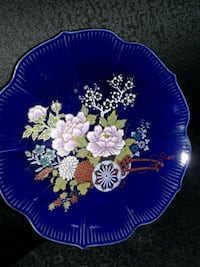 Blue plate 1950s, outlined in gold plate 974 mi