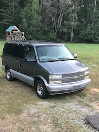 Chevrolet - Astro - 2000 Forest Hill, 71430