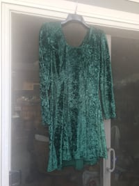 women's green and black long-sleeved dress Los Angeles, 90732